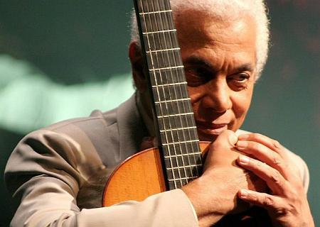 Paulinho da Viola<BR>Nasceu em 12 de novembro de 1942 (fará 74 anos em 2016)