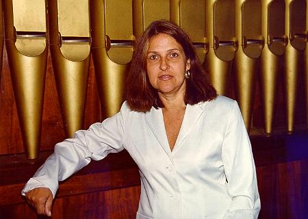 Anne Schneider, organista<BR>Nasceu em 19 de março de 1946